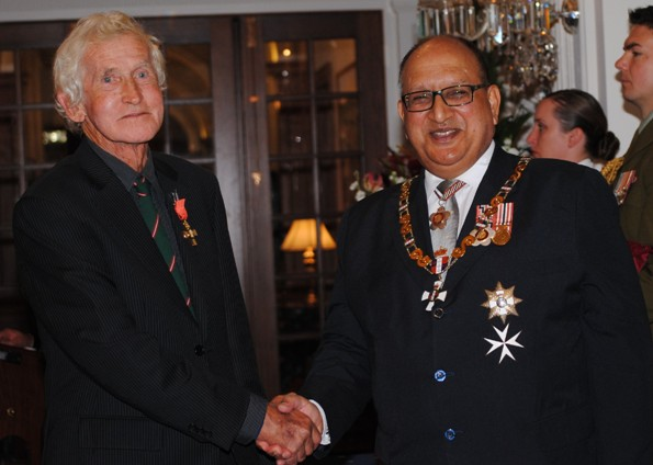 David Henshaw receiving his ONZM in 2011 from Governor General Anand Satyanand